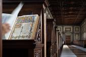 """259292 0009 4773128 Firenze, Biblioteca Medicea Laurenziana, """"la navicella del mio ingegno"""" (Purgatorio I, 2) nel prestigioso manoscritto Tempi 1, c. 32r"""